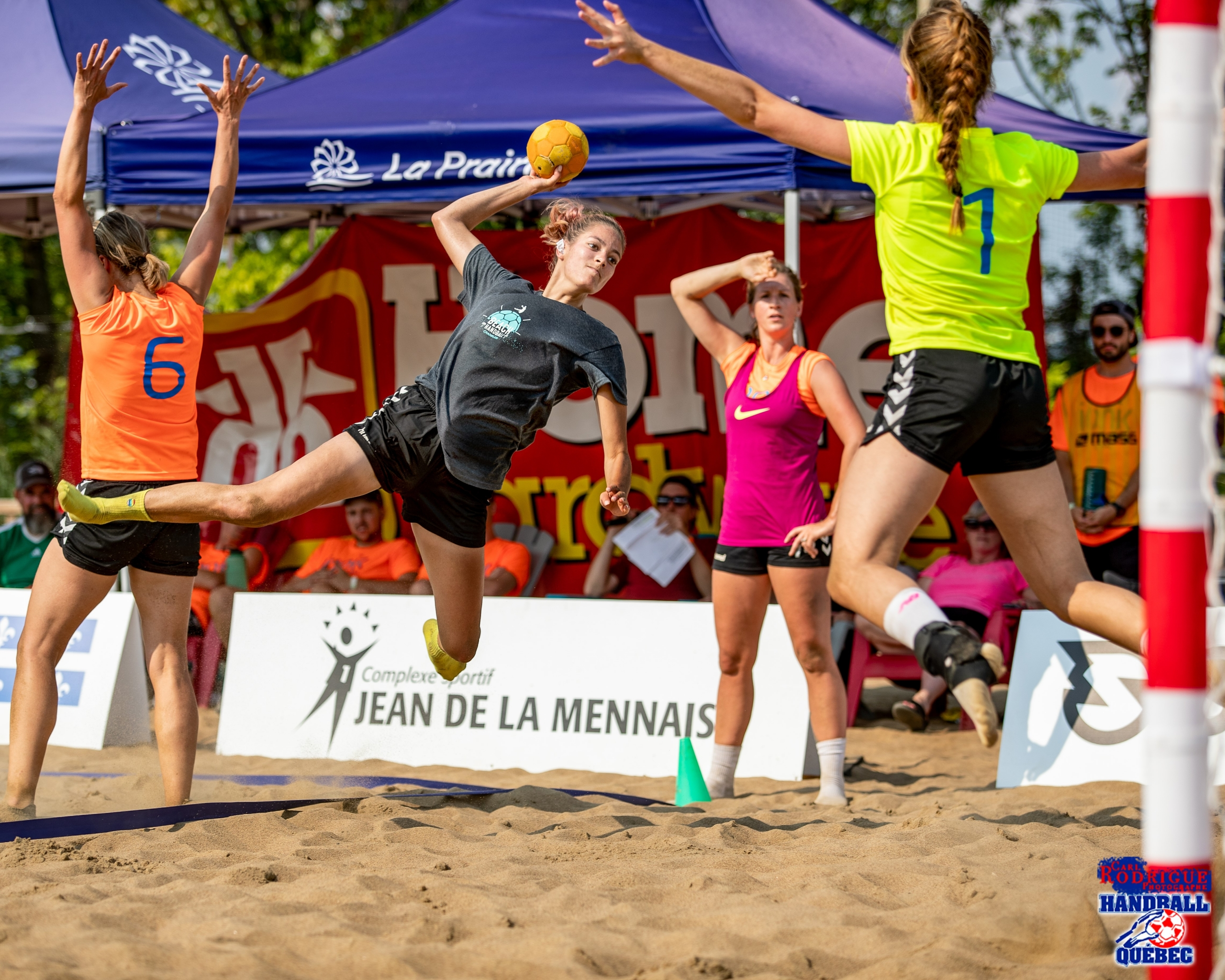 Success of the primary seaside handball match in La Prairie