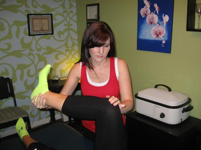 Melissa moore yoga pants Le Journal Saint Francois Mat Specialist Melissa Moore Provides Pain Relief
